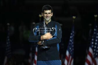 En fotos: la irreverente y efusiva celebración de Novak Djokovic como campeón del US Open
