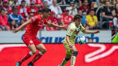 """Herrera: """"Alguien le deberá quitar el puesto a Córdova"""""""