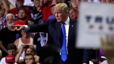 En un minuto: Trump ridiculiza a la mujer que acusa a Kavanaugh de agresión sexual