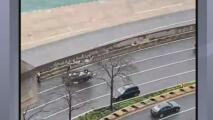 Un vehículo se voltea en Lake Shore Drive: una mujer y sus dos hijos estaban dentro