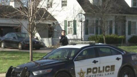 Autoridades allanan la casa de Andrew Freund, el niño de 5 años que lleva más de 40 horas desaparecido en Crystal Lake