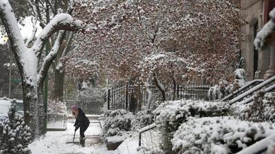 Frente frío amenaza con romper 350 récords en EEUU: 20 estados bajo alerta de tormenta invernal