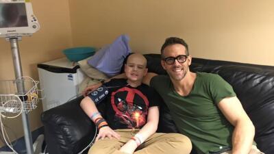 Ryan Reynolds se despide de fan fallecido por cáncer