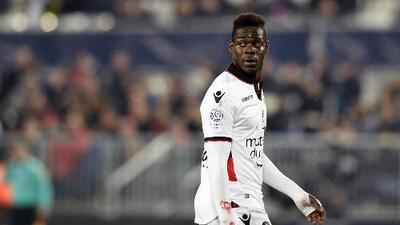Balotelli denuncia gritos racistas de los hinchas del Bastia