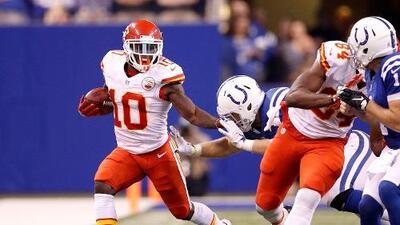 Con su quarterback suplente de figura, los Chiefs vencieron 30-14 a los Colts