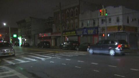 Autoridades buscan al conductor que huyó tras atropellar mortalmente a un ciclista en Brooklyn