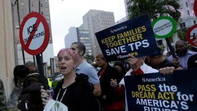 Las embajadas de EEUU alertaron sobre el riesgo de cancelar los TPS, pero Trump lo ignoró
