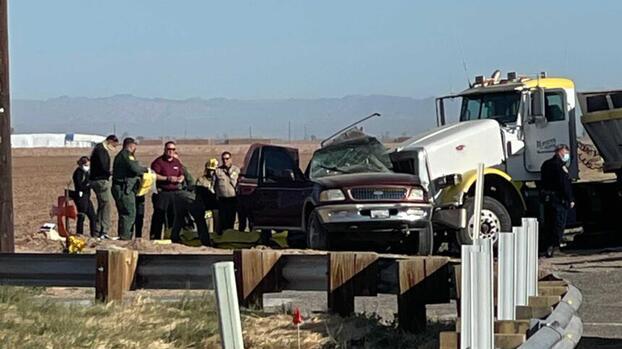 Accidente mortal en California: al menos 10 mexicanos entre los fallecidos