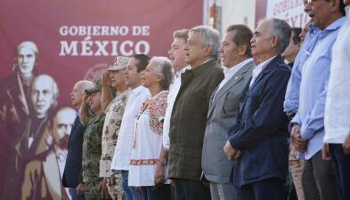 En fotos: AMLO celebra en Tijuana la suspensión de aranceles y extiende una mano 'abierta y franca' a Trump