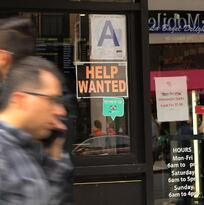 El desempleo baja al 3,5 % en noviembre, con 266,000 nuevos puestos de empleo