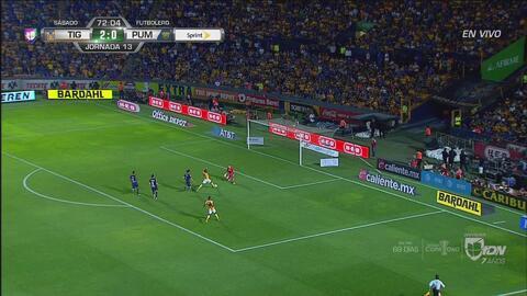 ¡Grande Saldívar! El arquero de Pumas le negó el 3-0 a Valencia