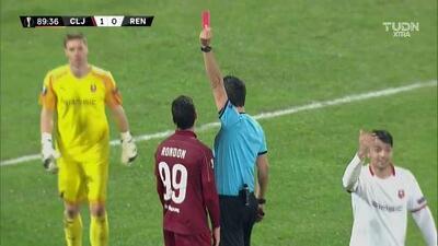 ¡Expulsión! El árbitro saca la roja directa a Mario Rondón
