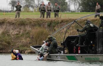 El veredicto de 'El Chapo', la emergencia de Trump e inundaciones en California: las noticias de la semana en fotos