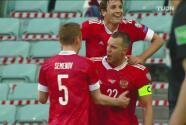 ¡Letal! Dzyuba se acomoda en el área y consigue el 2-0 para Rusia