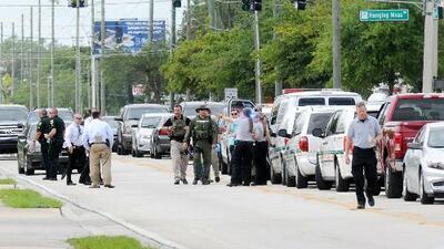 Exempleado descontento asesina a cinco personas en una fábrica de Orlando y luego se suicida