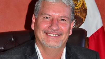 Un viaje a Disneyland revela que un alcalde mexicano fue narco y obtuvo ilegalmente un pasaporte de EEUU