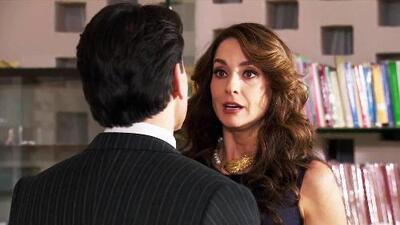 Julia le reveló a Arturo que Eladio sospecha de su paternidad