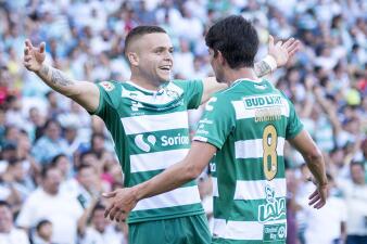 En fotos: Santos Laguna supo dar la voltereta contra Lobos BUAP