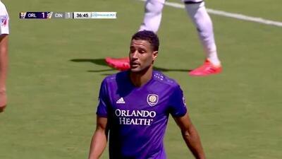Con una hermosa triangulación Tesho Akindele mueve las redes y Orlando City empata 1-1