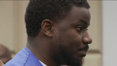 Pastor acusado de violencia doméstica también registra nueve multas con la policía de Dallas