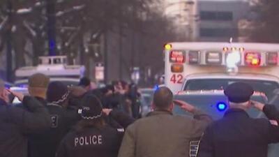 Con saludo militar, oficiales acompañaron el traslado del cuerpo sin vida de sargento Bauer
