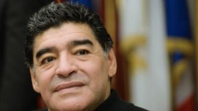 Maradona clama no ser perseguido por el fisco cada vez que viaja a Italia