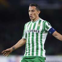 ¡Oficial! Andrés Guardado renovó con el Betis hasta 2022