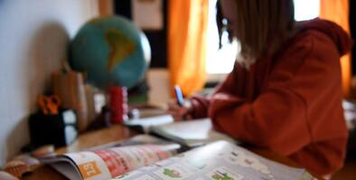 ¿Necesita ayuda llenando la solicitud para encontrar la mejor escuela para su hijo?