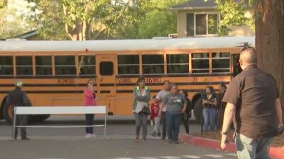 Deciden mantener abierta la escuela Fair Oaks en Redwood City con una serie de condiciones