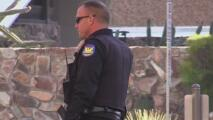 Manifestantes piden al concilio de Phoenix no asignar más fondos a la policía