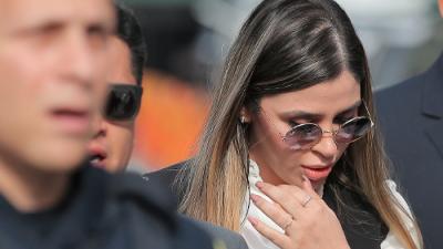 Miradas y gestos con las manos: así fue la despedida de 'El Chapo' Guzmán a Emma Coronel
