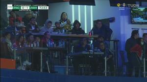 Aficionados se dan cita en el estadio para el Pachuca vs Pumas