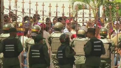 Se agudiza la crisis en Venezuela tras nuevos disturbios en la Asamblea Nacional