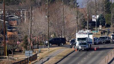 Tiroteo en el sur de Denver deja un oficial muerto y al menos seis heridos