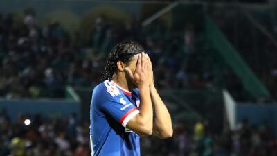 """Carlos 'Gullit' Peña: """"Le están haciendo daño a mi familia"""""""