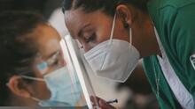 Retirarán restricciones de viaje en la frontera cuando concluyan la vacunación contra el coronavirus en las ciudades fronterizas