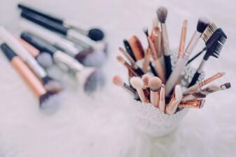 10 productos para simular pecas con maquillaje