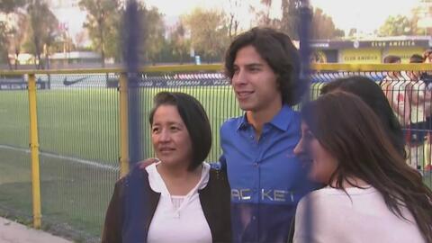 ¡Todos querían fotos con Lainez! Emotiva despedida del jugador en el Nido de Coapa