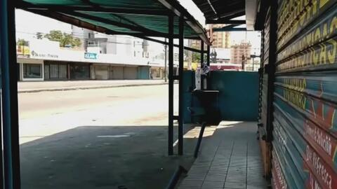 Constantes apagones en Venezuela paralizan el sector comercial y muchos negocios han tenido que cerrar