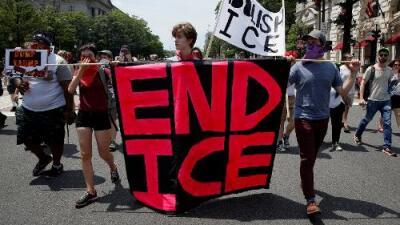 """""""Eliminen ICE"""", un pedido recurrente de manifestantes y ahora de algunos demócratas"""