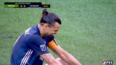 Zlatan Ibrahimovic falla solo frente al portero y se pierde el primero