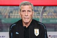 NANNING, CHINA - MARCH 22: Oscar Tabarez coach of Uruguay in action during 2019 China Cup International Football Championship between Uruguay and Uzbekistan at Guangxi Sports Center on March 22, 2019 in Nanning, China. (Photo by Zhizhao Wu/Getty Images)