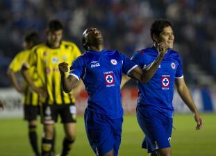 Venezuela le abrió la puerta a México a Copa Libertadores y han tenido grandes duelos