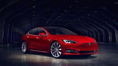 Tesla produce el auto más veloz del mundo