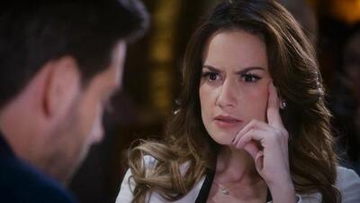 Adrián le confesó a Victoria que está casado