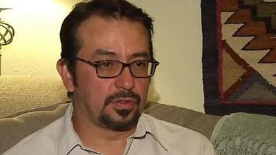 Padre hispano es acusado equivocadamente de traficar a su propia hija en vuelo de United Airlines