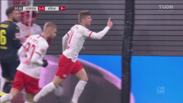 ¡Cántalo conmigo! Werner pone adelante 1-0 al Leipzig