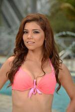 Marina Ruíz en bikini