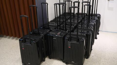 ¿Cuánto dinero cobran las aerolíneas por el servicio de registro de maletas?