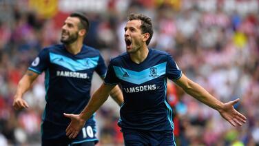 Stuani da el primer triunfo al Middlesbrough en su regreso a la Premier League